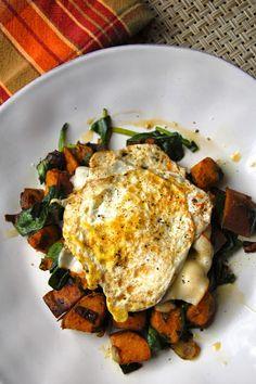 Sweet Potato and Kale Breakfast Hash | www.kettlercuisine.com