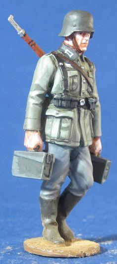 WW 113 WEHRMACHT MG SERVER