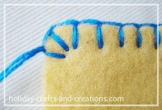 How To Do Blanket Stitch. The edging for the felt Christmas ornaments How To Do Blanket Stitch. The edging for the felt Christmas ornaments Sewing Stitches, Embroidery Stitches, Sewing Patterns, Simple Embroidery, Ribbon Embroidery, Fabric Crafts, Sewing Crafts, Felt Christmas Ornaments, Xmas