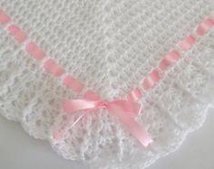 Blanco manta ganchillo afgano cuna cochecito por littledarlynns
