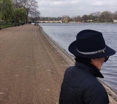 Après quelques jours d'escale en Espagne, Yoko Ono est en ce moment à Londres, et ne manque pas de partager avec les internautes, ses bonnes...