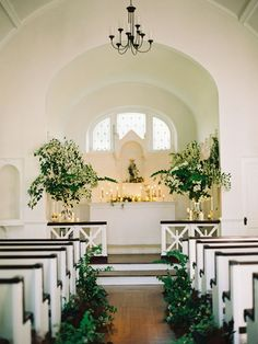 Greenery is everywhere in wedding decor right now! If you are looking for a unique alternative to florals (that looks just as dreamy and romantic) decorate your ceremony space with plants. Potted, hanging, or running wild, green is the colour to look out for in 2015.     Photo via  Magnolia Rouge .