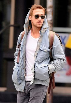 Ryan Gosling. Beautiful and great style. A man after my own heart. Drool.