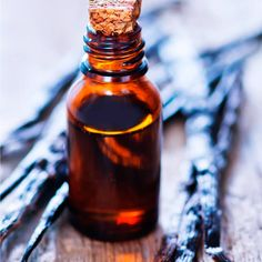 Vanilla Oil Helps Balance Hormones, Reduce Inflammation  Get Vanilla Co2 total extract contains 26 percent vanillin, while the vanilla extract that is used for cooking contains only 2 percent
