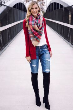 Chic stylish red cardigan sweater with classy cool dark jeans. Trendy fabulous black knee high boot with cozy scarf for winter ootd. Red Cardigan Outfits, Plaid Scarf Outfit, Cardigan Style, Winter Cardigan Outfit, Red Cardigan Sweater, White Sweater Outfit, Fall Outfits For Work, Fall Winter Outfits, Style