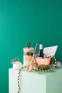 Gourmet Fan: Treat the keen cook in your life to a special set of baking essentials, from a shiny new mixing bowl to the humble wooden spoon. 4 DIY Christmas hamper ideas to try in 2018 | Styling: Vanessa Colyer Tay | Photography: Sam McAdam-Cooper