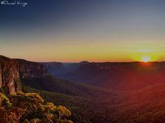 Sunrise. Govett's Leap, Blackheath, NSW Australia