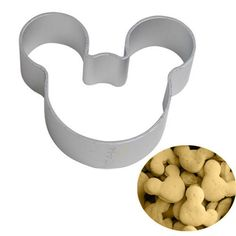 1 x Mickey Mouse Cookie Cutter Cutter Size: 5.7 cm x 5.0 cm x 1.7 cm Material: Stainless Steel ★ Easy to clean ★ Reusable, Non-stick ★ Perfect for: Cookies, Silly Putty, Biscuits, Cake, Cupcake, etc..