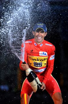 Alberto Contador (Tinkoff-Saxo) gets into it as he sprays the Cava