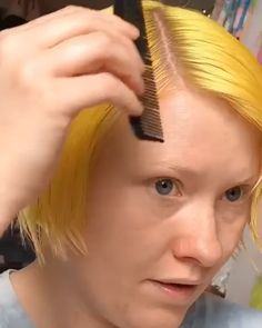 Finger Waves Natural Hair, Finger Waves Short Hair, Retro Hairstyles, Braided Hairstyles, Short Retro Hair, Short Hair Hacks, Curly Hair Styles, Natural Hair Styles, Hair Videos
