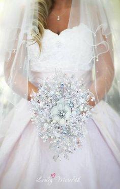 Crystal wedding boquet http://roxyheartvintage.com