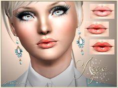 Aqua lip gloss
