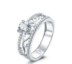 New fashion round cut diamond engagement ring
