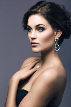 Rolene Strauss Miss. South Africa 2012 and miss World 2014 Beautiful South African Women, Stunning Women, Pageant Makeup, Beauty Pageant, Beautiful Inside And Out, Beautiful Eyes, Pretty People, Beautiful People, Pageant Photography