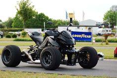 Exeet motorcycle quad conversion. Kawasaki z1000 modified. Exeet Blackbull