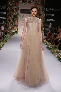 This gorgeous gown from Shyamal & Bhumika is a bridal dream come true!