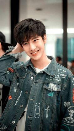 🔭 ˒ ♥︎ or ↻ if u save Crush Pics, My Crush, Thai Drama, Celebs, Celebrities, Pranks, Cute Boys, Actors & Actresses, Polaroid