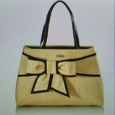 Kate spade New York rumor straw bow tote Only worn for one summer. Such a pretty bag. Will take pics of actual bag when I get home. Normal wear. kate spade Bags