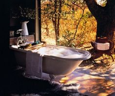White Elephant Safari Lodge in South Africa, what a way to take a bubble bath