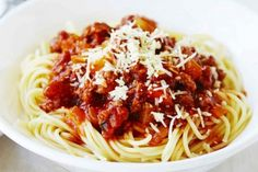 This traditional pork and beef ragu goes best with spaghetti for an easy meal. Pork Recipes, Gourmet Recipes, Cooking Recipes, Healthy Recipes, Spagetti Recipe, Spaghetti Sauce, Food Print, Side Dishes, Easy Meals