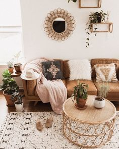 #LivingRoomAreaRugs Boho Living Room, Living Room Interior, Bohemian Living, Bohemian Homes, Cozy Living, Modern Bohemian, Living Room Ideas Tan Sofa, Bohemian Design, Apartment Interior