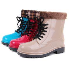 Cheap nueva moda zapatos de agua bajo damas corta lluvia zapatos, femininas antideslizante calcetines de felpa mujeres rainboots caucho botas de lluvia corta, Compro Calidad Botas directamente de los surtidores de China:  zapatos del diseñador tienda online congelados nieve elsa reina princesa zapatoscongelado niños princesa ca
