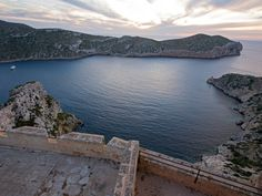Cabrera is where Mallorcans go to unwind when there's trouble—or simply too many tourists—in paradise. But visitors to this scrubby, uninhabited islet six miles south of Mallorca weren't always so tame: Previous denizens have included Berber pirates, French prisoners of war, Spanish soldiers, and misbehaving monks.