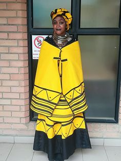 Traditional African Clothing, Traditional Fashion, Traditional Outfits, Traditional Wedding, Traditional Styles, Xhosa Attire, African Attire, African Wear, African Print Dresses