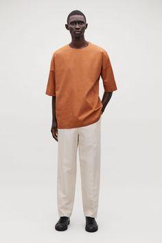 COTTON-POPLIN OVERSIZED TOP Wardrobe Sale, Small Wardrobe, Mens Dressing Styles Casual, Mens Fashion, Fashion Outfits, White Shirts, Streetwear Fashion, Poplin, Street Wear