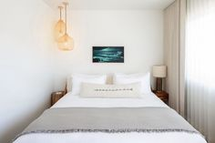 The Pearl is a boutique hotel in San Diego renovated by Electric Bowery who mixed mid-century aesthetics with a contemporary design.