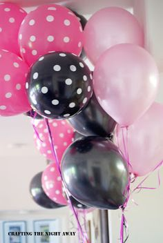 Crafting The Night Away: Barbie Party. Barbie Theme Party, Barbie Birthday Party, 5th Birthday Party Ideas, Birthday Bash, Birthday Decorations, Girl Birthday, Barbie Party Decorations, Bolo Paris, Rosa Pink