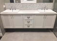 Double Vanity Shaker style 👌🏻 . . . . #vanity #floatingvanity #shakercabinets #shaker #bathroom #ensuite #sinks #marble #marblehex #hexagontiles #marbletiles #greytiles #bathroominspo #interiordesign #interiors #interior123 #keoghhomes #custombuild #customhome Lifestileswtc Divine Cabinets