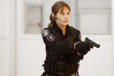 Amy Jo Johnson as Jules Callaghan