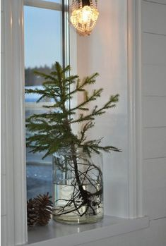 easy and simple christmas tree decorations; home decor; Noel Christmas, Scandinavian Christmas, Rustic Christmas, Christmas 2019, Simple Christmas, All Things Christmas, Winter Christmas, Christmas Crafts, Christmas Tree Vase