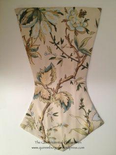 stomacher 18th Century Dress, Antique Clothing, Jane Austen, Corsets, Georgian, Lingerie, Mood, Costumes, History