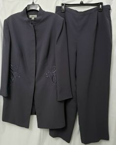 886746dcb4850 John Meyer Plus Size 16W Gray Embroidered 2 Piece Pant Suit  JohnMeyer   PantSuit