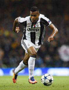 Alex Sandro Photos - Alex Sandro of Juventus in action during the UEFA Champions League Final between Juventus and Real Madrid at National Stadium of Wales on June 2017 in Cardiff, Wales. - Juventus v Real Madrid - UEFA Champions League Final National Stadium, Uefa Champions League, Sandro, Soccer Ball, Real Madrid, Finals, Cardiff Wales, Verona, South America