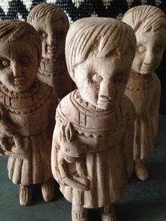Clonettes en bois  Facteur Céleste (fabriquées au Burkina Faso)