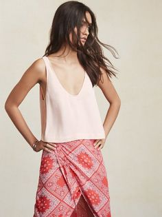 There is nothing that can solve any outfit problem quite like the perfect little tank. The Float Top will have all your bottoms looking that much cuter. https://www.thereformation.com/products/float-top-soft-pink?utm_source=pinterest&utm_medium=organic&utm_campaign=PinterestOwnedPins