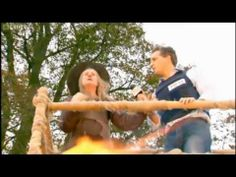 Horrible Histories - William the Conqueror - YouTube