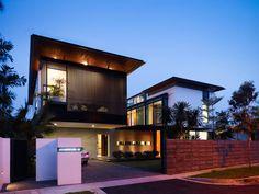 Fassadenfarbe beispiele gestaltung bungalow  Beispiele für Fassadenfarben | Fassadenfarbe, Innovativ und ...