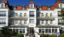 Romantik Hotel Esplanade - in Heringsdorf Lake Hotel, Multi Story Building, Mansions, House Styles, Design, Home Decor, Recovery, Baltic Sea, Island