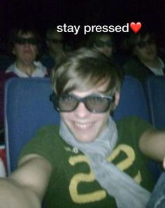 Really Funny Memes, Stupid Funny Memes, Funny Relatable Memes, Haha Funny, Louis Tomlinson, Response Memes, Current Mood Meme, Aesthetic Memes, Def Not