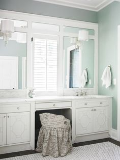 love the detail in the mirrors.  We could easily do this ourselves with molding.