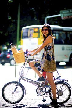 3 RAZÕES PARA IR DE BIKE (E CONTINUAR SUPER CHIQUE) http://superela.com/2014/11/17/3-razoes-para-ir-de-bike-e-continuar-super-chique/