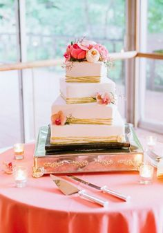 Featured Photographer: Jodi Miller Photography; Wedding cake idea.