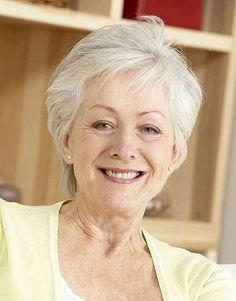 10.Short Hair Style for Older Women