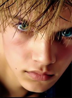 Imagini pentru beautiful face guys