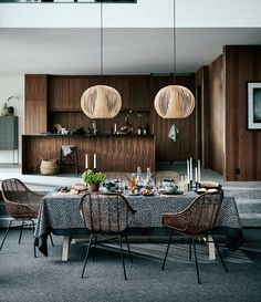 One of the easiest and most overlooked ways to bring shades to your Dark Dining Room is by changing up your lighting sources with modern ideas. Interior Design Magazine, Room Interior Design, Home Interior, Kitchen Interior, Kitchen Design, Scandinavian Interior, Decor Inspiration, Interior Design Inspiration, Hm Home