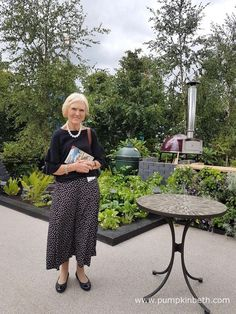 Mary Berry pictured in the RHS Kitchen Garden, at RHS Hampton Court Palace Flower Show Hampton Court Flower Show, Rhs Hampton Court, Mary Berry, Annual Flowers, Boat Neck Tops, Chelsea Flower Show, Cotton Skirt, Palace, Garden Design